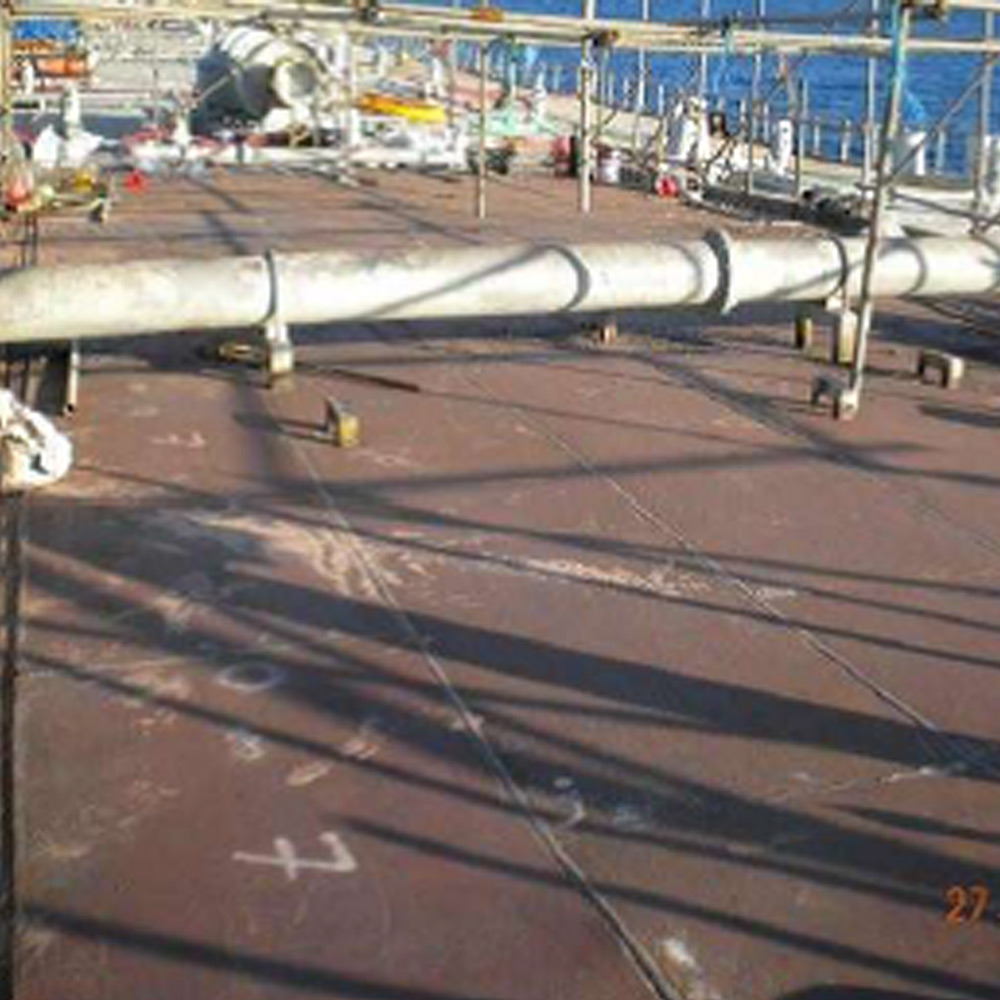 Top Deck Benchamas Vessel